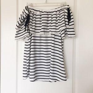J MODE black & white striped off the shoulder top
